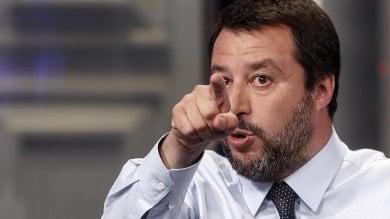 """Palermo, Salvini contro Orlando: """"Pensi alla carta d'identità elettronica"""""""