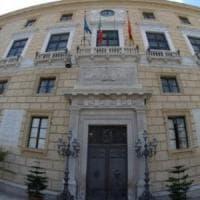 Palermo, rimborsi veri e impieghi falsi. Annullato il sequestro alla sorella