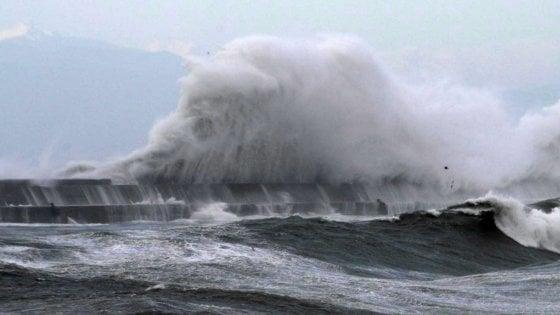 Maltempo, attivata la protezione civile a Ragusa. Stop collegamenti con Ustica