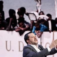 """Salvini: """"90mila i migranti irregolari"""". E il M5S: """"Nel contratto di governo scrisse..."""