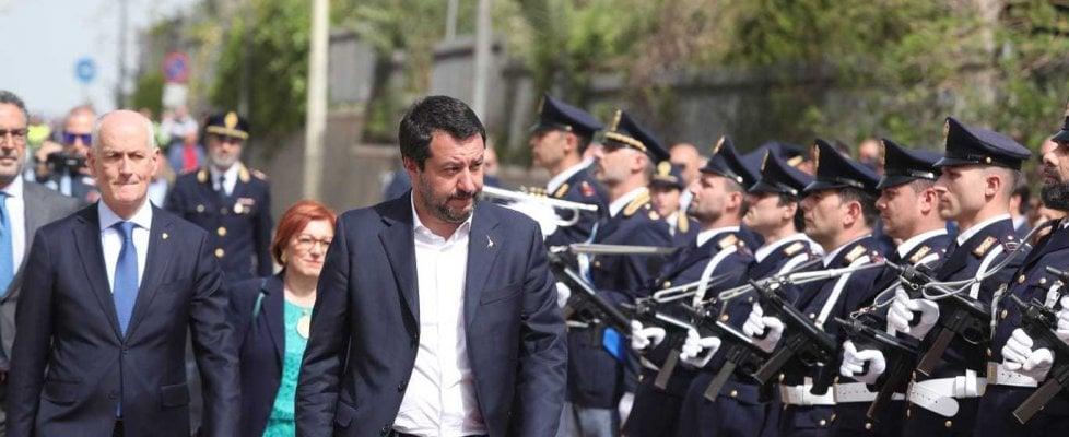 """25 aprile, Salvini a Corleone e a Monreale: """"Mi denunciano? Tiro avanti alla facciazza loro"""". Tensione con Di Maio"""
