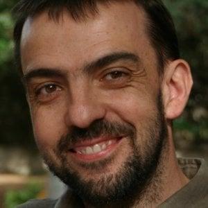 """Palermo, il convegno dei terrapiattisti. Il fisico Lillo: """"Teorie false, vi spiego perché"""""""