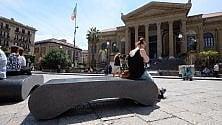 Nuove panchine in piazza Verdi