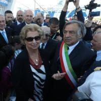 """Palermo, il sindaco Orlando diserta cerimonia al bunker. La sorella di Falcone: """"No alle..."""