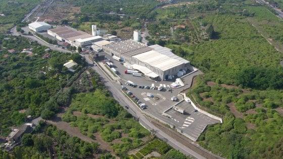 """Catania, chiude la fabbrica di plastica Dacca: """"Calo della domanda insostenibile"""""""