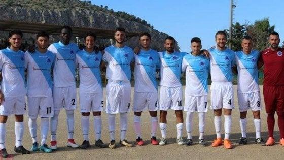 Agrigento, insulti razzisti dell'arbitro contro un calciatore del Gambia. Indaga la Digos