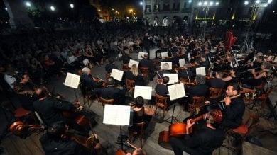 """Sinfonica, stop del cda alla nomina  """"La Bonafede ha un conflitto di interesse""""       Rep  :   Il commento/ La resa dei pupari"""
