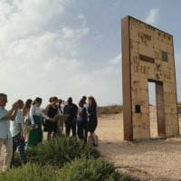 Lampedusa: i toccanti scatti dei delegati africani Amref in visita nell'Isola
