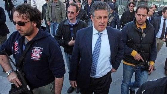 """Appello di 118 magistrati al Csm in difesa di Di Matteo. """"Venga reintegrato nel pool stragi"""""""