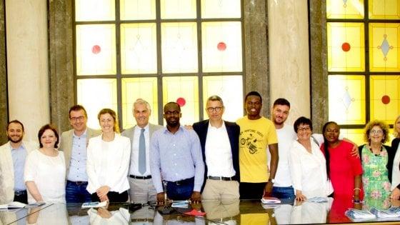 Palermo, l'università apre ai rifugiati: progetto per riconoscere le carriere scolastiche