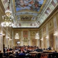 Sicilia, l'Ars approva la Finanziaria-bis ma rinvia il sì ai concorsi