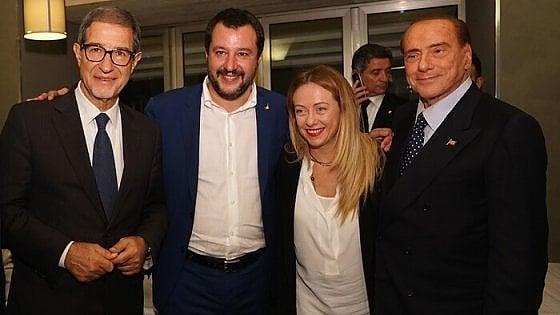 Salvini sbarca in Sicilia: assalto alla roccaforte cinquestelle