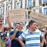 Salvini in Sicilia, tensione e contestazioni a Catania e a Siracusa