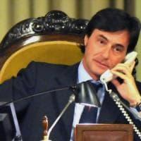 Francesco Cascio, l'ex deputato forzista alla guida dell'ambulatorio di Lampedusa che...