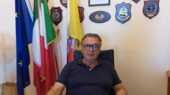 """Lampedusa, minacce al sindaco dell'accoglienza. """"Lei faccia il suo lavoro"""". Firmato: """"Prima i nostri"""""""