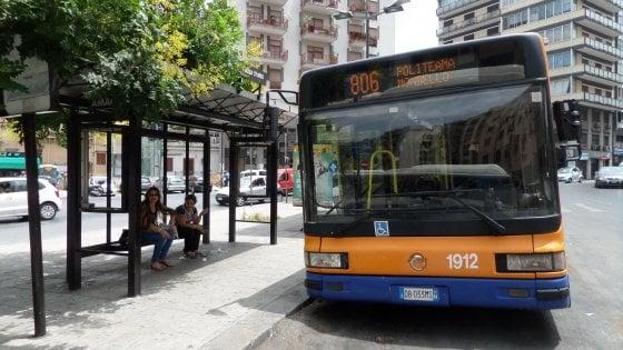 """Palermo, l'Amat scrive al Comune: """"Troppe buche i bus nuovi già a rischio"""""""