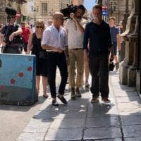 "Palermo, Stanley Tucci gira in città il documentario ""In search of Italy"""