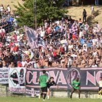Palermo, abbonati a quota novemila: pareggio col Napoli