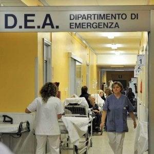 In Sicilia corsi di tre mesi a pagamento per medici di pronto soccorso, i sindacati si dividono