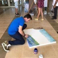 Ragusa, l'ospedale si trasforma in una galleria d'arte