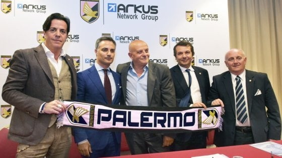 Arkus spende i soldi dalle casse del club: fallimento più vicino