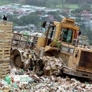 Palermo, braccio di ferro sulle discariche: nulla di fatto dopo il vertice Comune-Regione