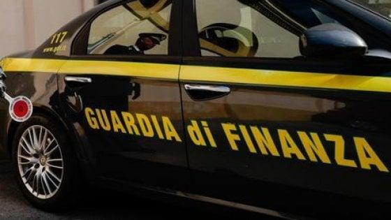 Catania, tangente da diecimila euro all