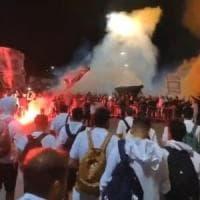 Palermo, tifosi in festa per i giocatori al ritorno da Biancavilla