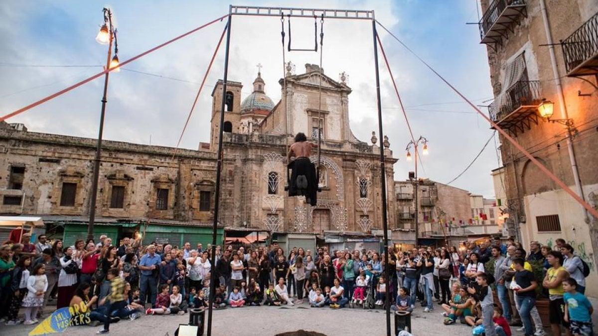 Il Ballarò Buskers Festival, Beyond the Sud al Libero, Iva Zanicchi al Massimo. Gli appuntamenti di venerdì 18 ottobre