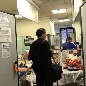 Palermo, ubriaca aggredisce medici e infermieri