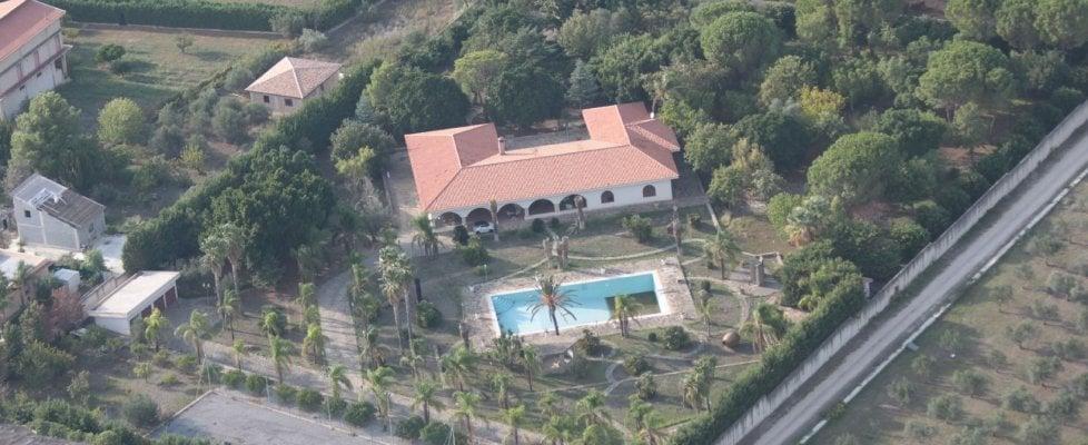 """Confiscata una mega villa con piscina a Valenza, """"re del calcestruzzo"""""""
