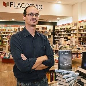 Palermo, Flaccovio e Mondadori puntano su via Roma e aprono una libreria