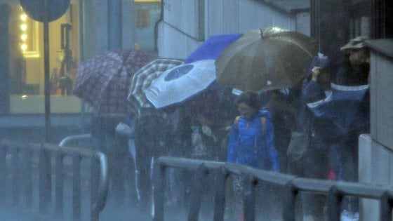 Maltempo, allerta rossa a Catania: scuole chiuse in 5 province