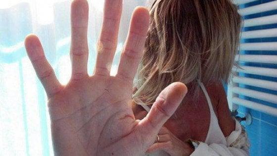 Palermo, picchiata anche in gravidanza: dopo anni denuncia, lui viene arrestato
