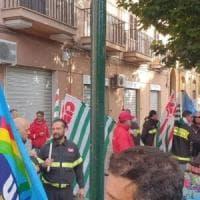 Palermo, sit-in dei vigili del fuoco: