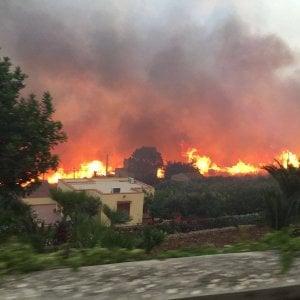 """Palermo, la lettera di ringraziamento fa arrabbiare i forestali: """"Servono uomini e mezzi"""""""