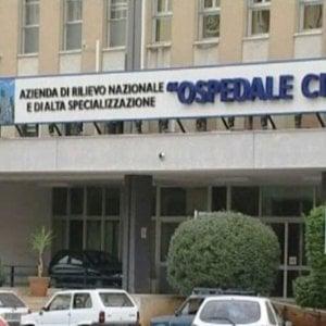 Palermo, un uomo ferito da arma da fuoco all'ospedale Civico: scattano le indagini