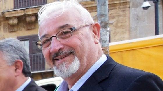 Palermo, il sindaco di Casteldaccia arrestato pilotava anche il volontariato