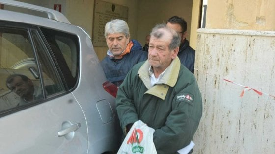 Palermo, la lite, i colpi di pistola: un fermato per l'agguato al bidello allo Zen