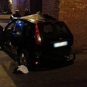 Siracusa, incidente stradale a Ortigia: morti due giovani, d
