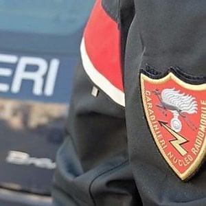 Palermo, tentano furto in appartamento: scoperti fingono di partecipare a una veglia funebre