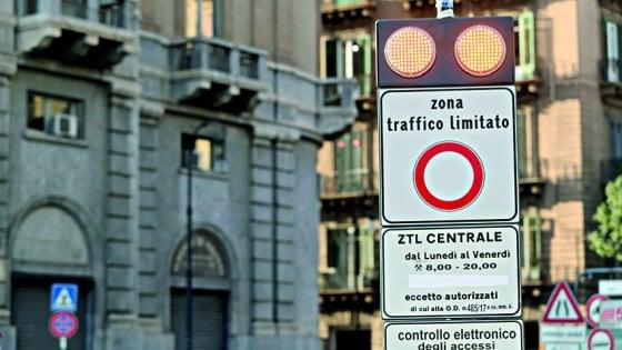 """Palermo, la Ztl notturna slitta a metà gennaio: """"Prima un'assemblea pubblica"""""""
