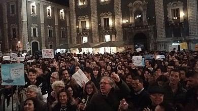 """Rep    :    Sardine di Sicilia """"In piazza anche  chi restava a casa"""""""