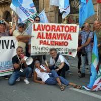 Almaviva Palermo, fumata grigia al ministero: si tratta per scongiurare