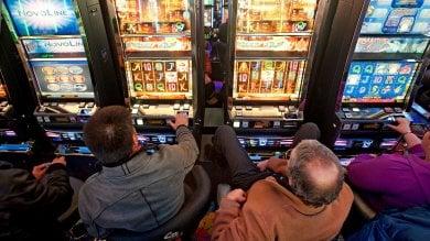 Palermo, stretta sulle slot-machine  Lontane 500 metri da scuole e chiese