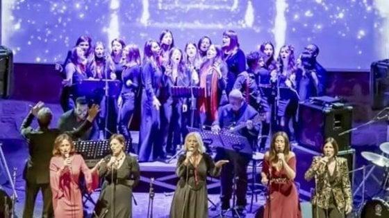 """Il concerto di Natale delle Christmas Ladies, """"Spettri"""" al teatro Libero. Gli appuntamenti di giovedì 19 dicembre"""