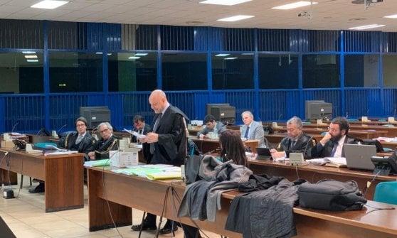 """L'ex giudice Saguto torna ad agitare in aula l'agenda delle segnalazioni. Il pm: """"Sistema perverso e tentacolare"""""""