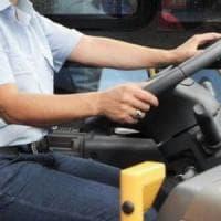 Palermo, ubriaco aggredisce autista bus e gli rompe dito
