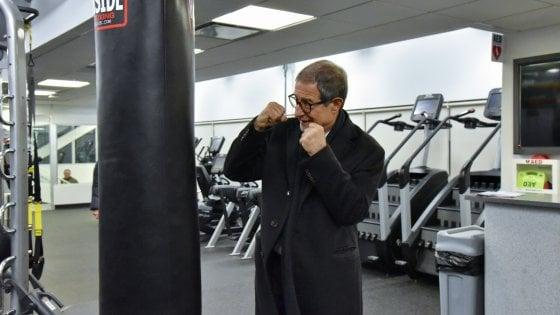 """Musumeci a New York, tra pose alla Rocky e incontri con gli imprenditori: """"Oggi in Sicilia potete investire"""""""