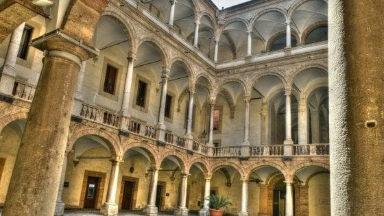 Sicilia, l'Ars decide il rinvio delle elezioni per le ex Province: è il quindicesimo